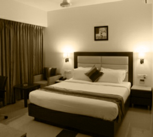 Executive Rooms @ Hotel Le Grande Residency